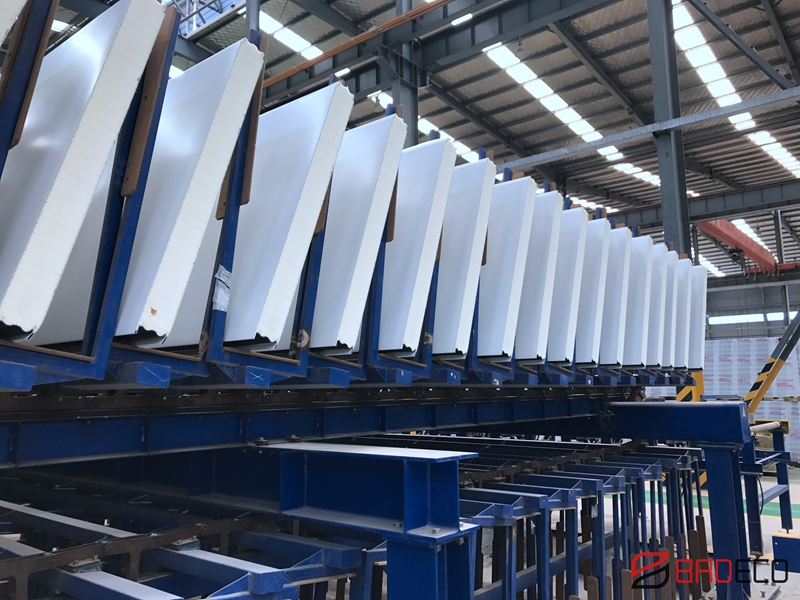 sandwich panel production in workshop